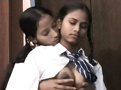 Schoolgirls xxx videos - indian desi fuck